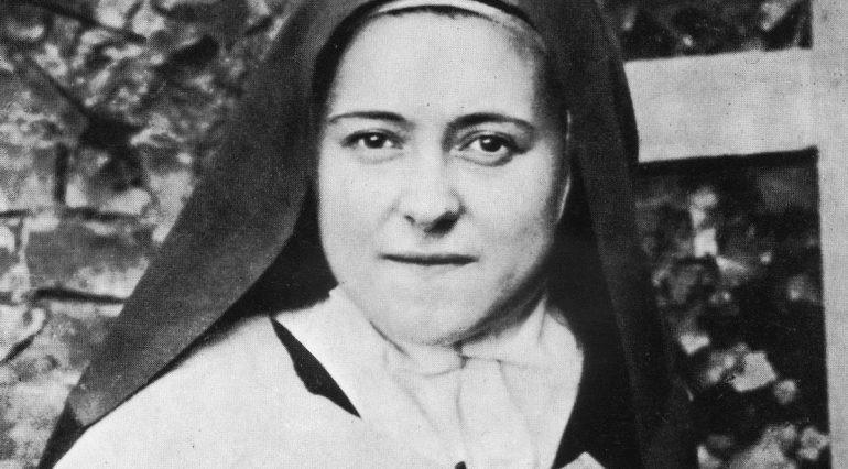 SAINT OF THE WEEK Saint Thérèse of Lisieux I prefer the monotony of obscure sacrifice to all ecstasies. To pick up a pin for love can convert a soul.